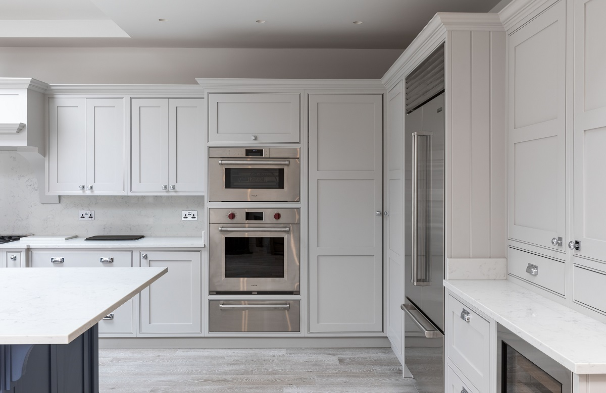 Bespoke hand-painted shaker kitchen